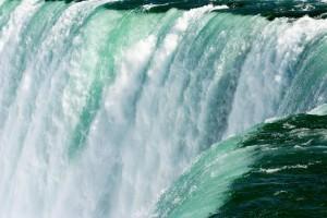 День 6. Групповая двухдневная автобусная экскурсия к Ниагарским водопадам. Лицензия CC0 Creative Commons, автор martajozsa